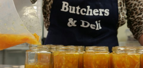 Marmalade the way mum made it